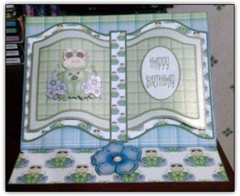 Frog Open Book Easel Card(Retiring in October)