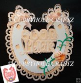 horseshoe good luck and flowers topper